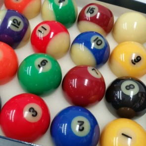Glow In The Dark KELLY POOL BALL Set 2""