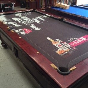 EX Hotel Pub 7 Ft Electronic Coin Op Pool Table With Jim Beam Cloth & Accessories