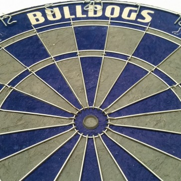 NRL Licensed DARTBOARD - Canterbury Bankstown BULLDOGS