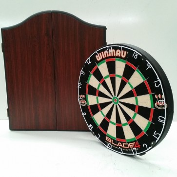 Professional Level Winmau Blade 5 DARTBOARD with Rosewood CABINET & 6 DARTS