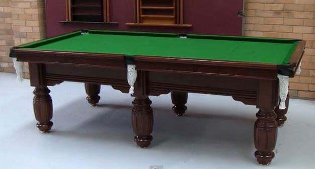 Re Cloth Pool Snooker Billiards Table   10 Foot