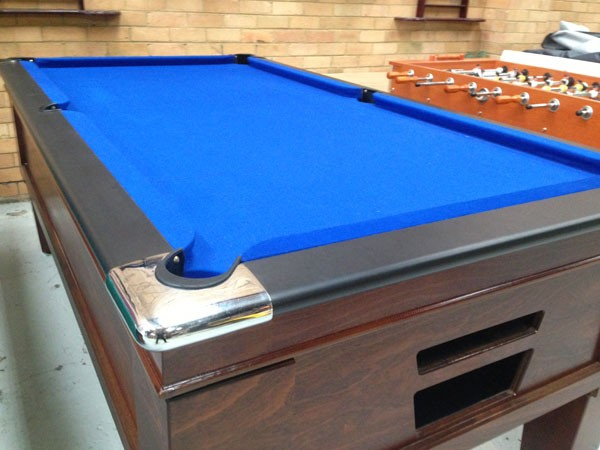 Hotel Pub Ft Coin Op Pool Table Remote Managed Pool Table - United billiards pool table coin operated