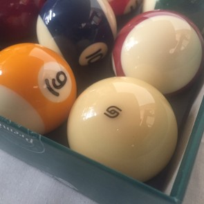 "Aramith KELLY POOL BALL Set 2"" with 2"" Logo Cue Ball - SUPER"