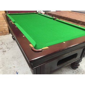EX Hotel Pub 7 Ft Electronic Coin Op Pool Table With Accessories